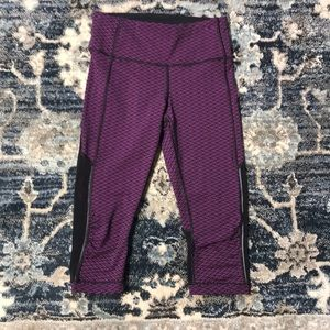 Lululemon 6 crop work out leggings pants